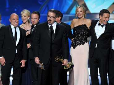 breaking-bad-beats-mad-men-and-homeland-to-win-best-drama-series